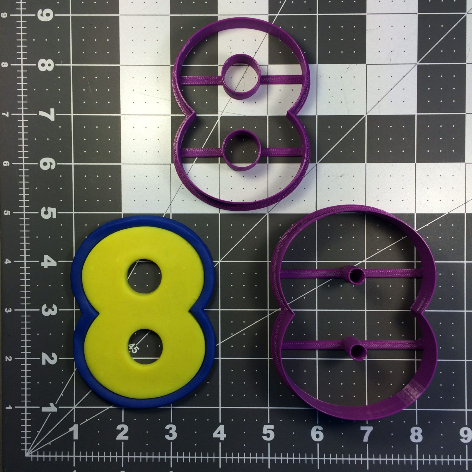 Yellow Blue Number 8 Cookie Cutter Set