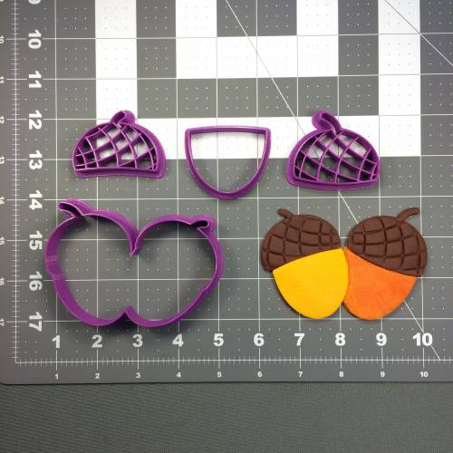 Acorn 100 Cookie Cutter Set